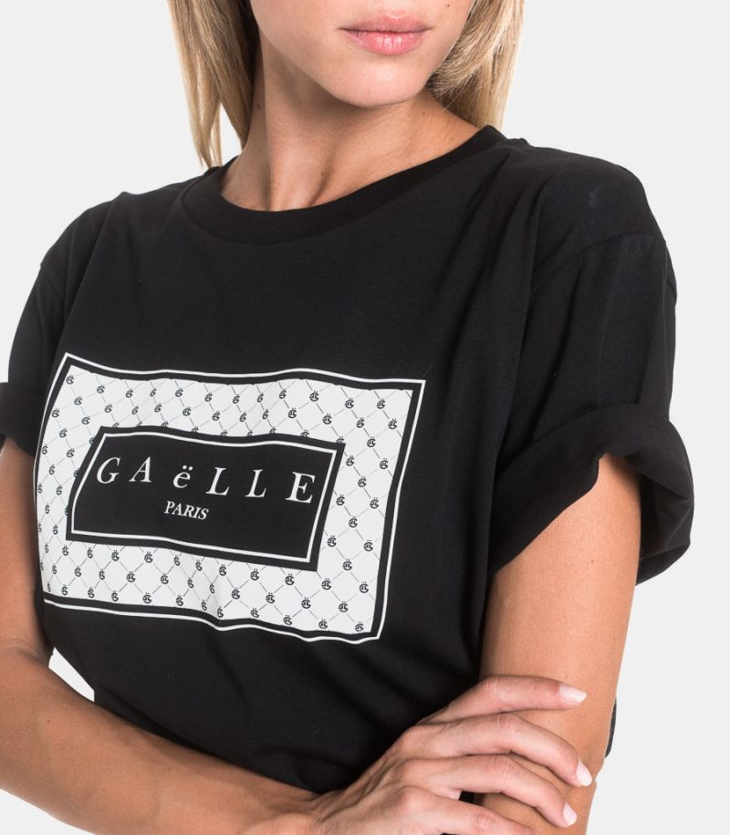 Women's t-shirt with logo black. GBD7047