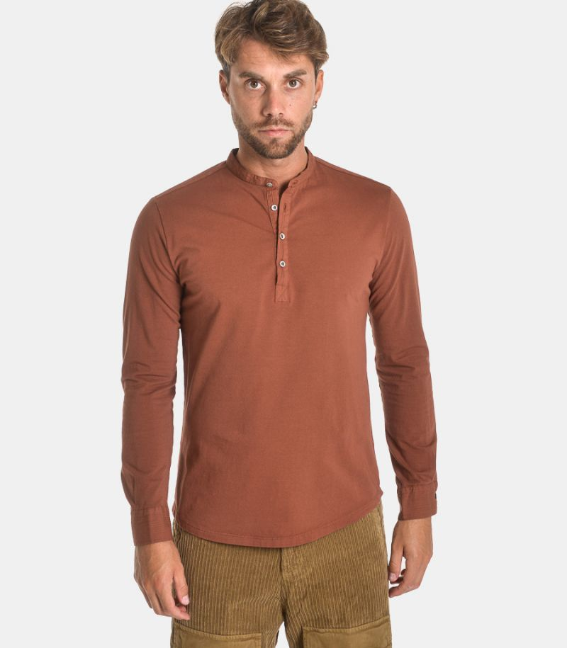 Men's seraph sweater rust.