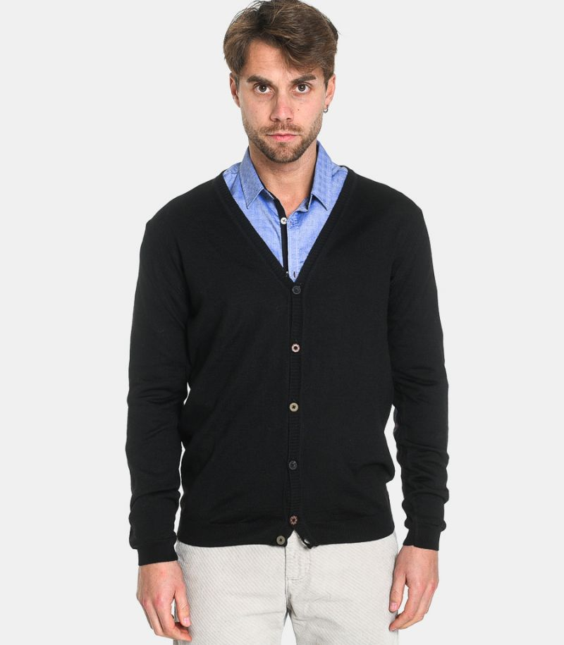 Men's knitted cardigan with elbow patches black. C9810