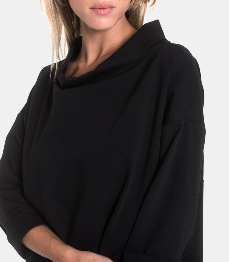 Women's shawl sweater black. 110150