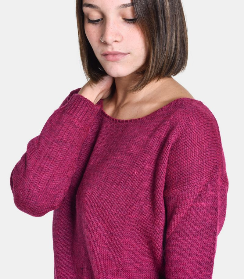 Women's boat neck sweater fuxia. M49775001