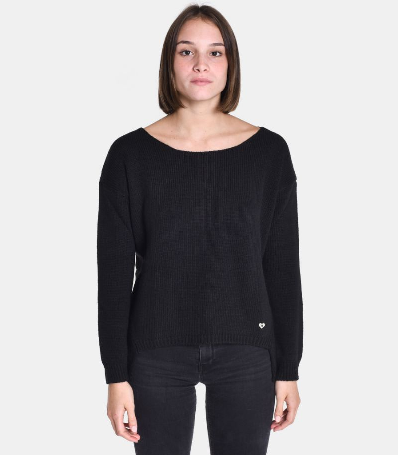 Women's boat neck sweater black. M49775001