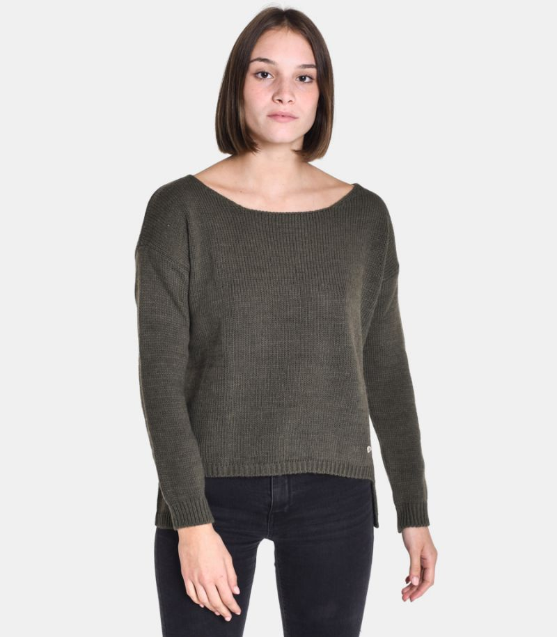 Women's boat neck sweater green. M49775001