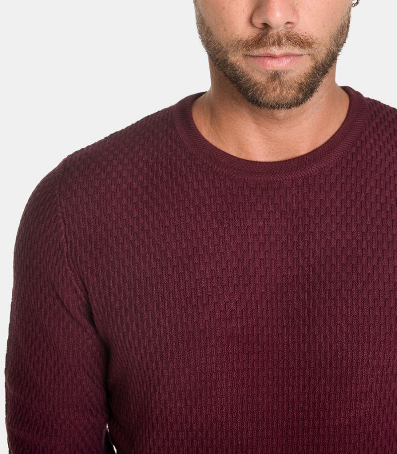 Men's worked sweater bordeaux. 16069880