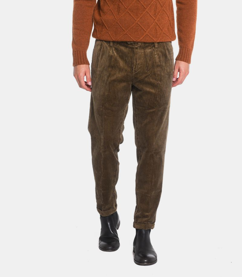 Men's velvet trousers with pence brown. SW220077
