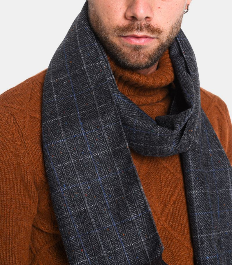 Men's square and spike scarf grey. SCIARPA TESS B