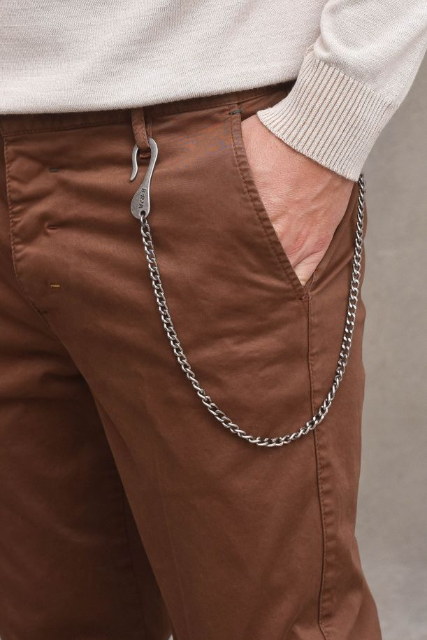 Men's chino pant with embroidery and chain. M 215022109BRUCIATO