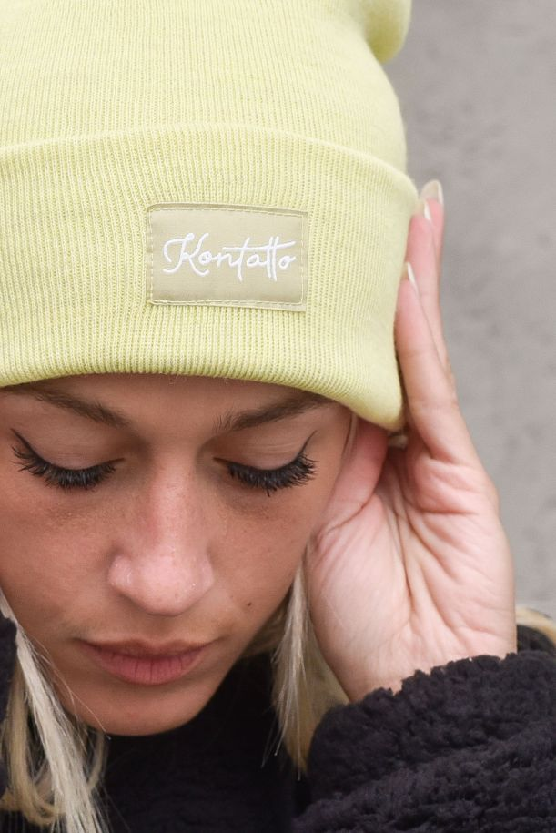 Women's cap with logo. 3M8390LIME