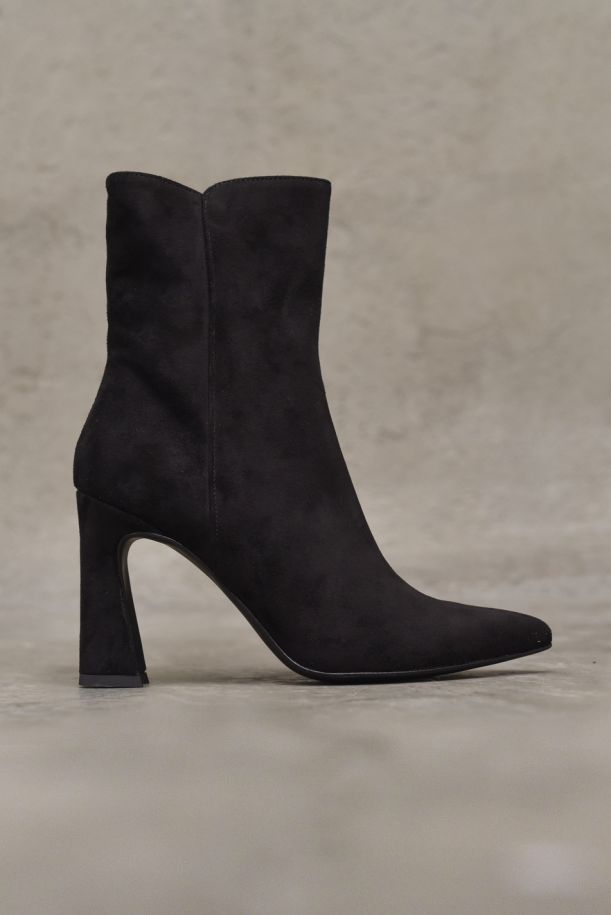 Women's ankle boot square hell black. LF724Y017NERO