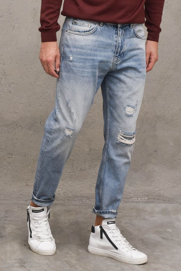 Men's croppet jeans pants with tears. CROPPED2373DENIM MEDIO