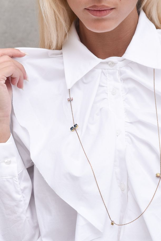 Women's shirt front fringes and necklace. GE439BIANCO