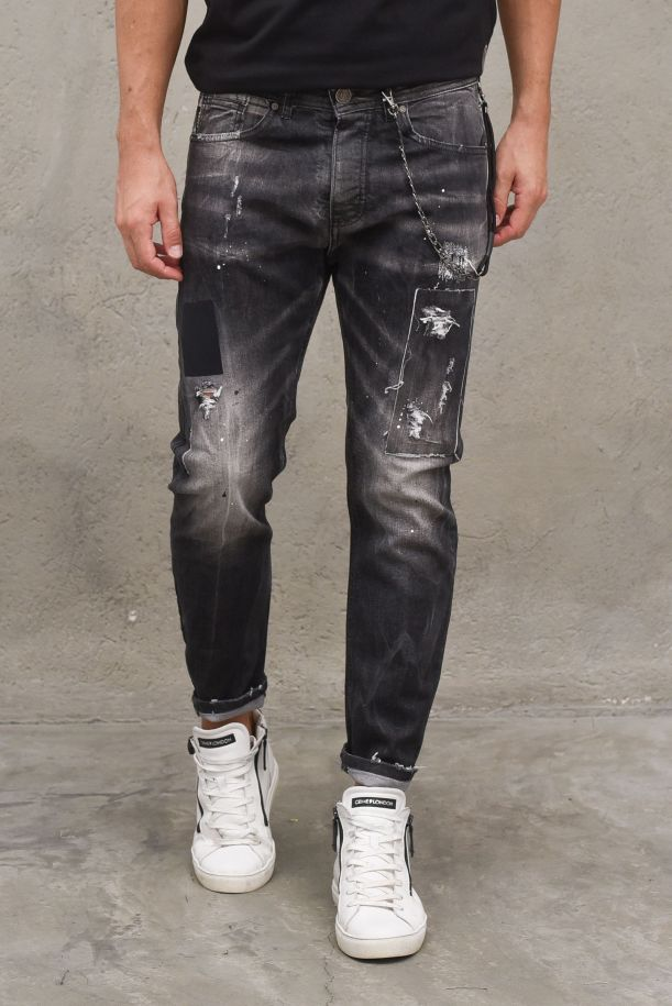 Men's jeans pants tears embroidered with chain. A2103NERO