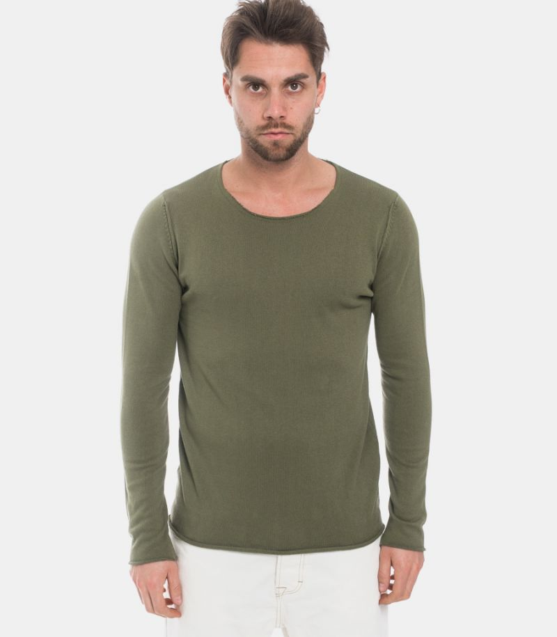 Men's raw cut sweater green