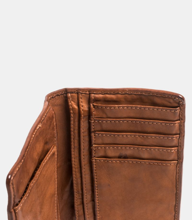 Leather wallet cognac