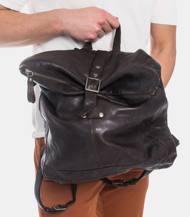 Men's backpack real leather zip and clip brownie