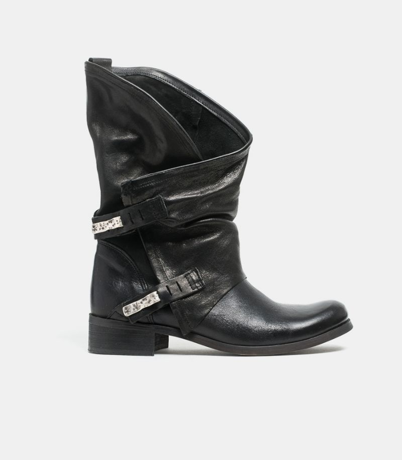 Women's ankle boot black