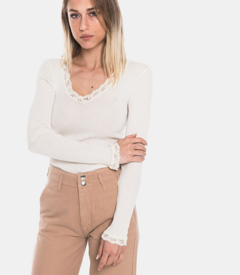 Women's small rib cream