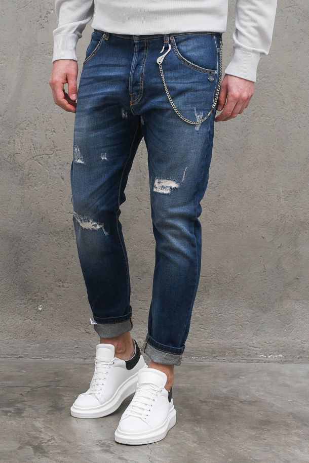 Men's tears and embroidery denim jeans with chain. M 21007030BLU