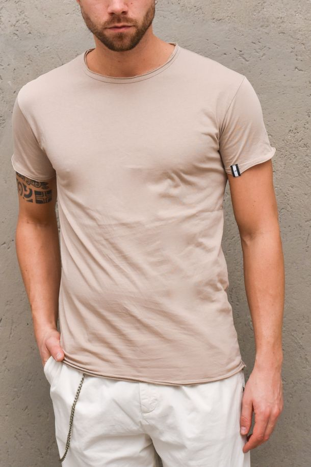 Men's basic roundneck t-shirt biscuit. 15P21TBASICBISCOTTO