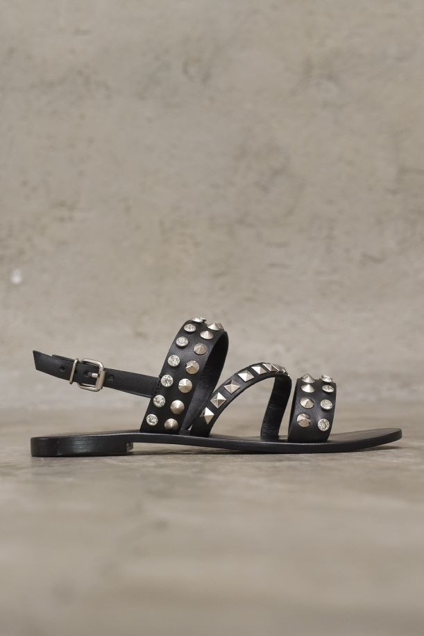 Women's leather sandals with band and studs black. CB.N220.56NERO