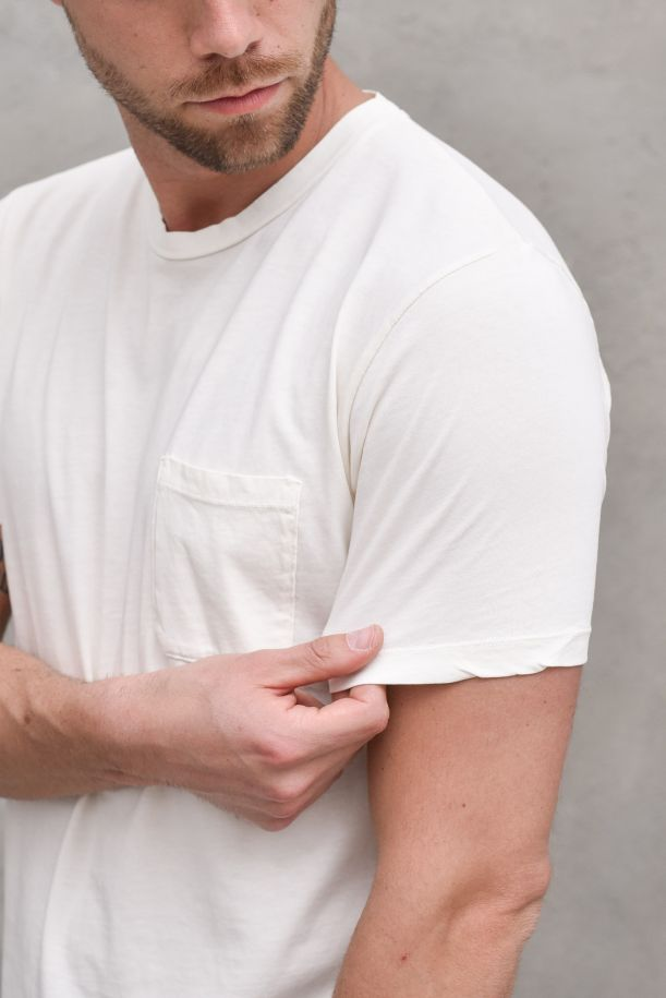Men's t-shirt with pocket white. DF 0630BUONTALENTI