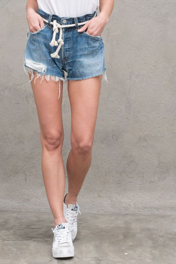 Women's denim shorts jeans with rope and studs light blue. SHORTMIAMIDENIM