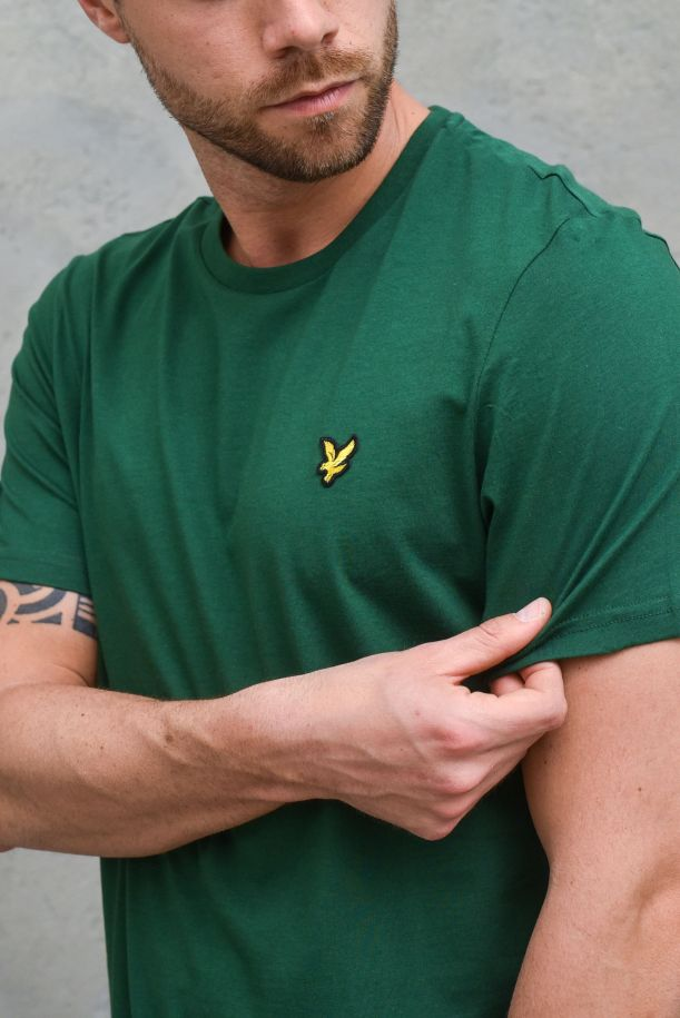 Men's basic t-shirt embroidered logo green. TS400VOGEnglish Green