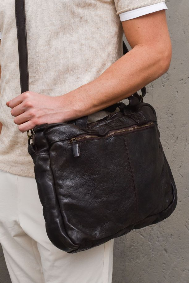 Men's handcrafted bag leather brown. MRS213B106MORO
