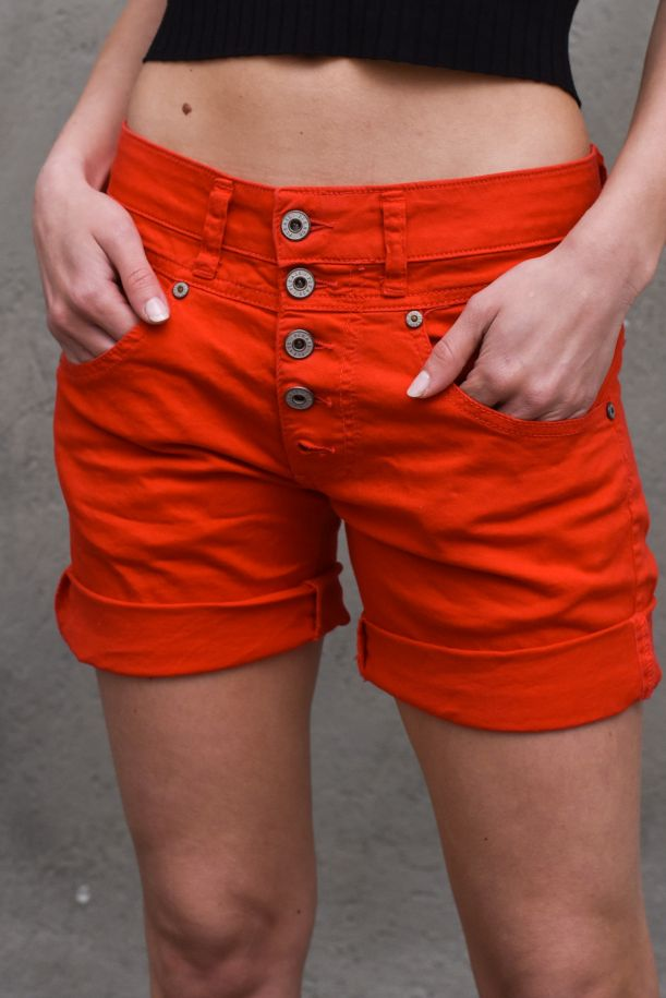 Women's visibile buttons short red