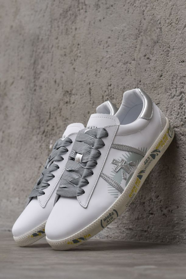 Women's sneaker shoes with logo white silver. ANDYD4678BIANCO/ARGENTO