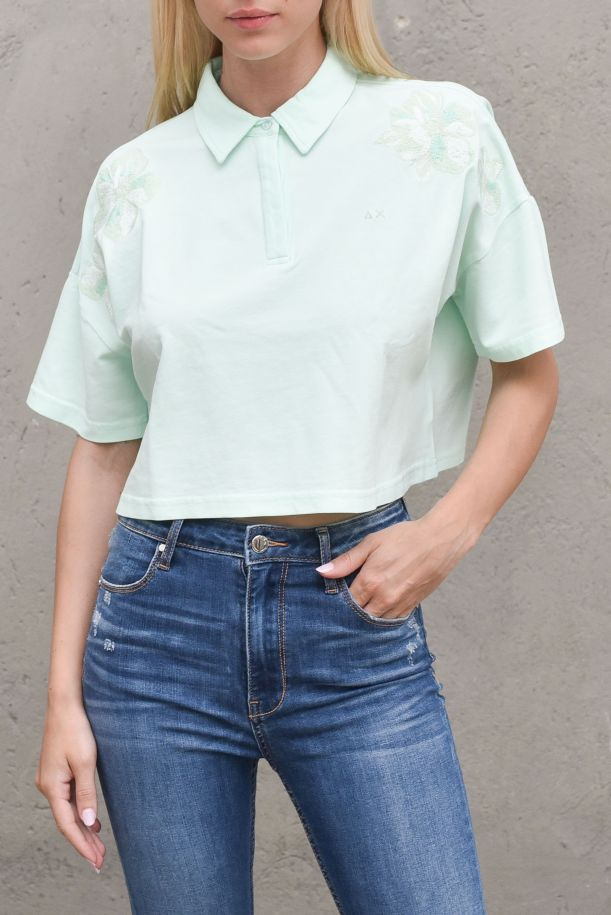 Women's cropped short polo embroidered green mint. A31212VERDE MENTA