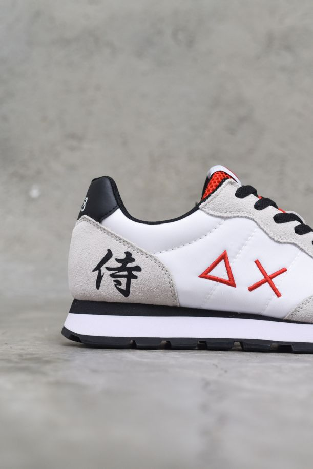 Men's runnung shoes Tom Japan white red black. Z31104NERO/ROSSO/BIANCO