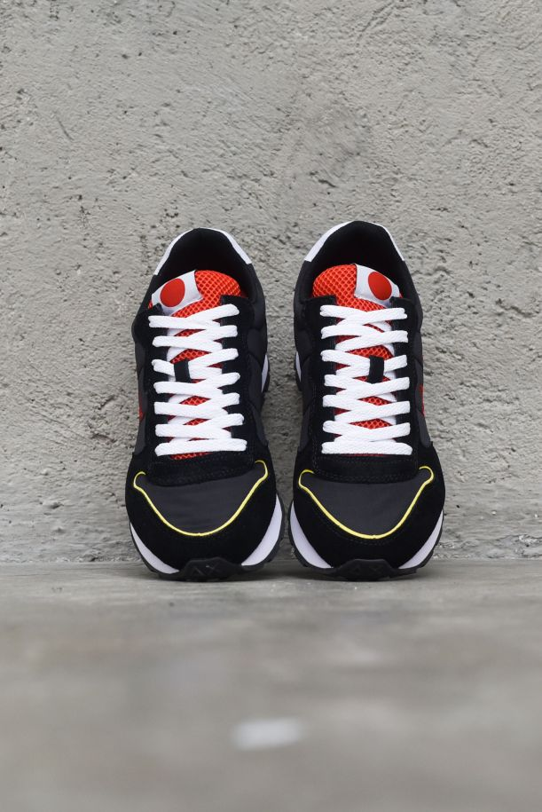 Men's runnung shoes Tom Japan black red white. Z31104NERO/ROSSO/BIANCO