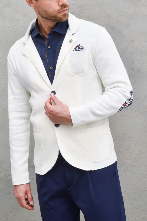 Men's jacket with floral applications cream. GUPINCTTPANNA