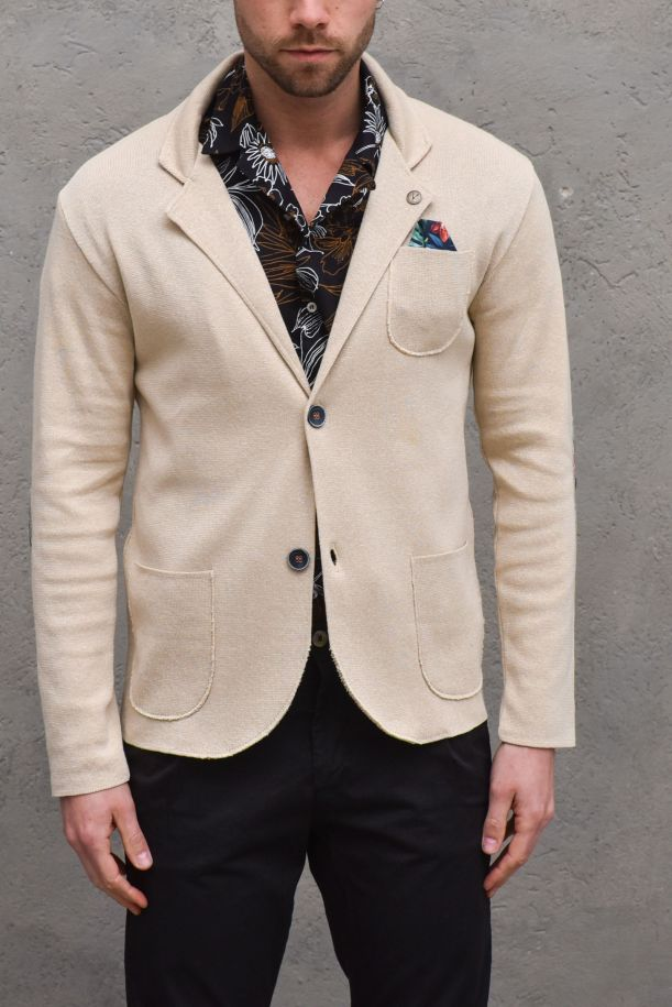 Men's jacket with floral applications sand. GUPINCTTSABBIA