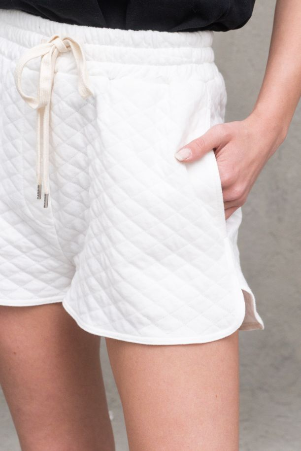 Women's quilted shorts white. TH0371BIANCO