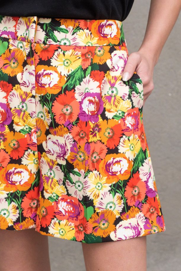 Men's high waisted fancy floral shorts. TH1297FLOWER