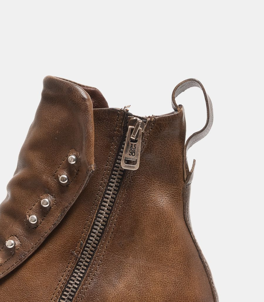 Men's ankle boot with zip brown. 401231