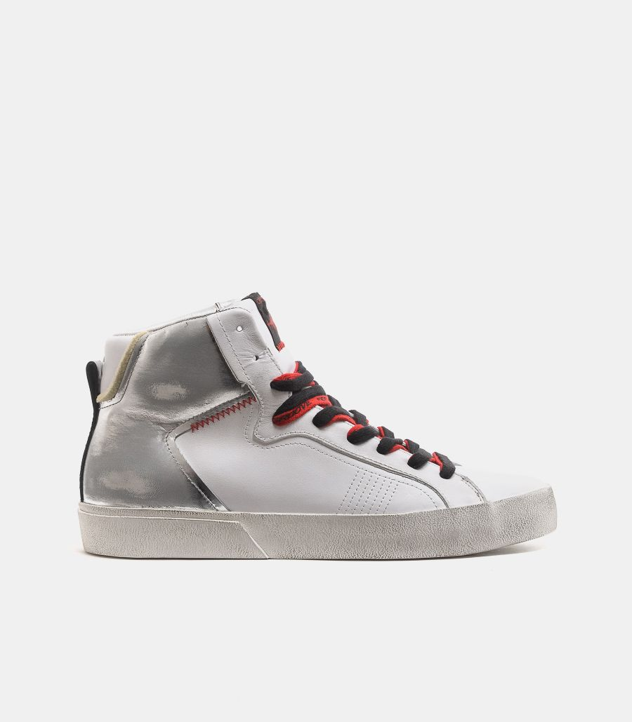 Men's sneaker shoes distressed white silver. 11021AA3