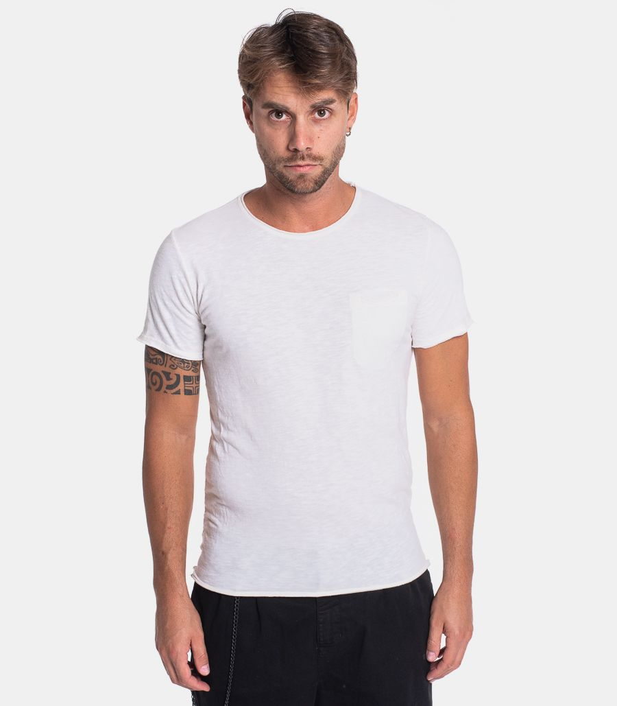 Men's basic t-shirt with pocket white. TC15ABJTD