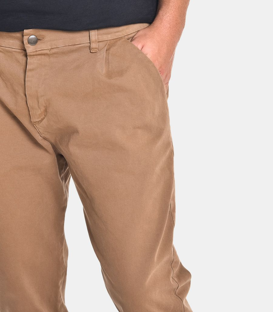 Men's chino trousers with pance mud. 2070