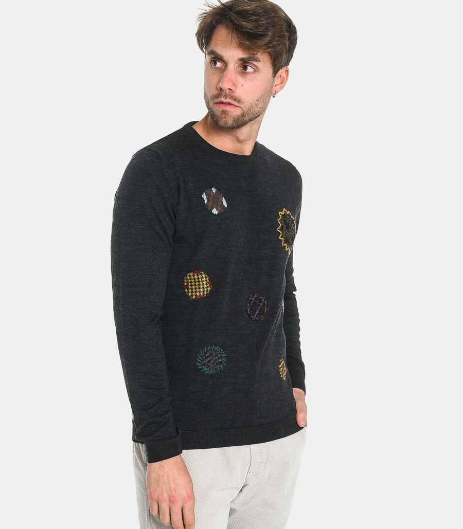 Men's sweater with patches dark grey. C340