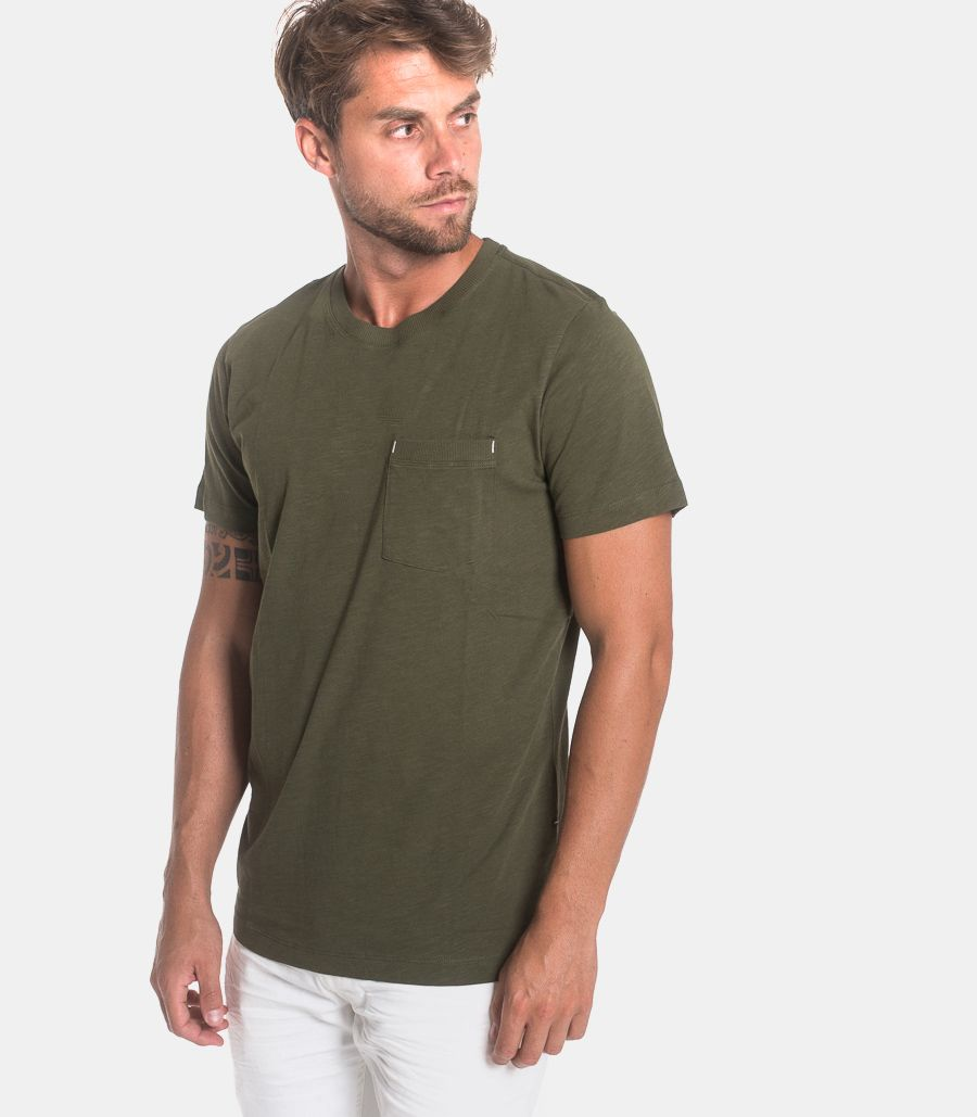Men's t-shirt with pocket green. 16072693