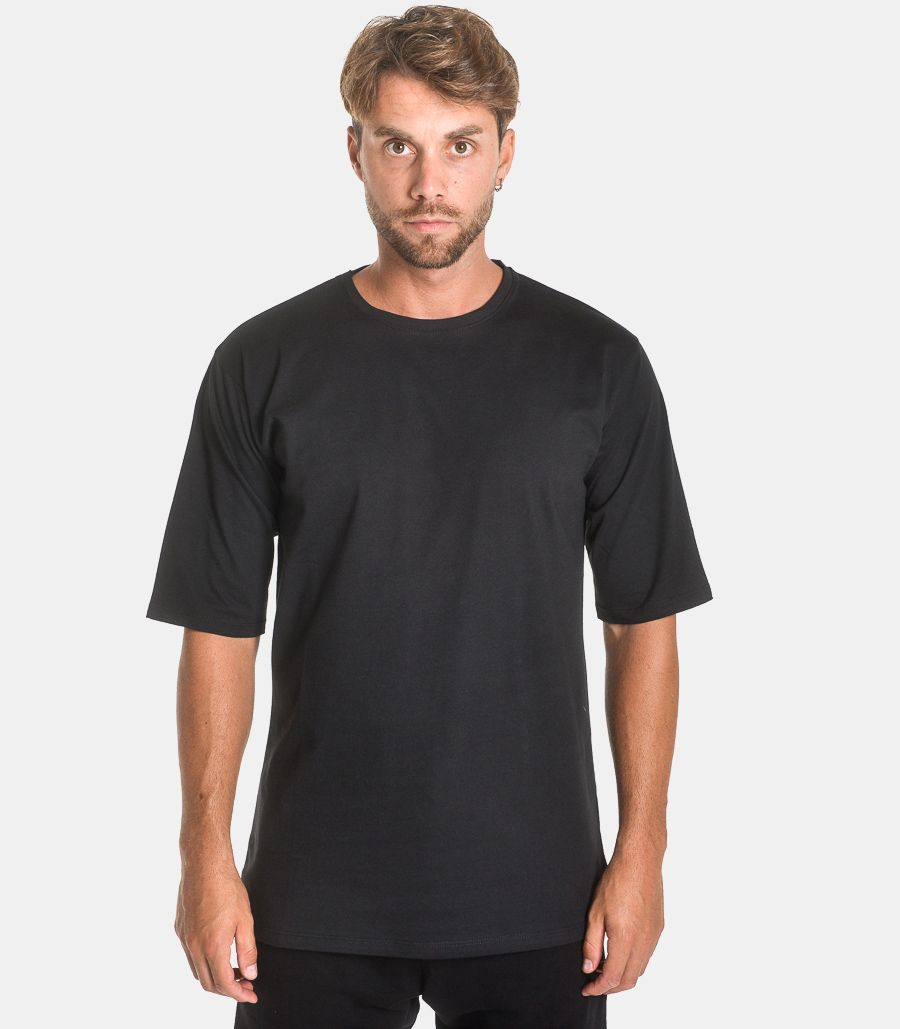 Men's Over t-shirt black. TEE81