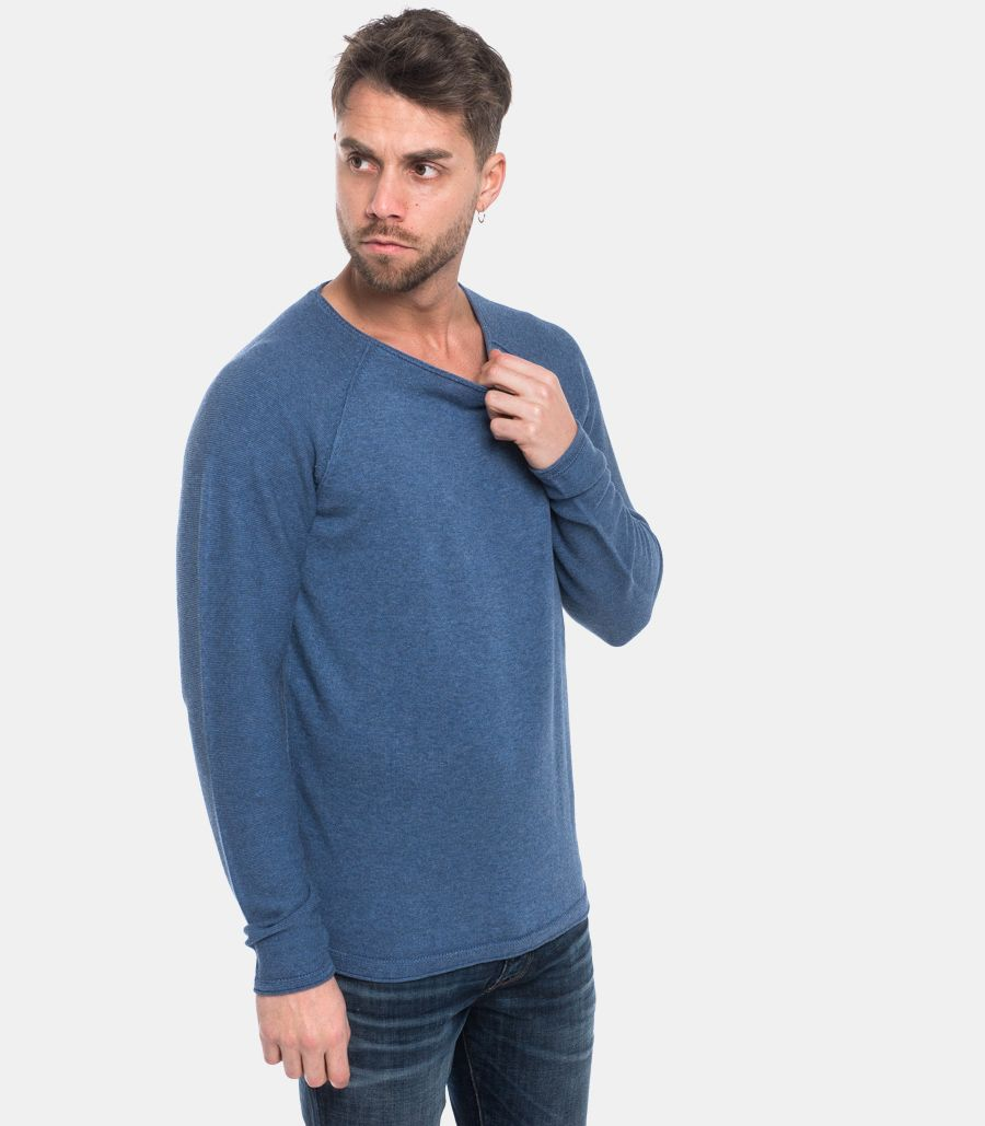 Men's raw cut sweater blue. 16068515