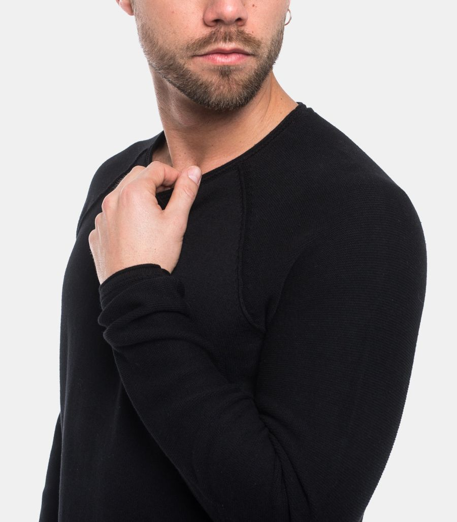 Men's worked sweater black. 16068515