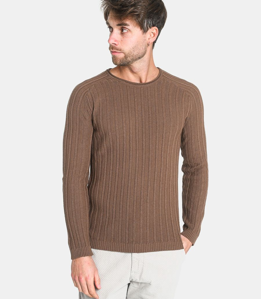 Men's roundneck ribbed sweater brown. BW737