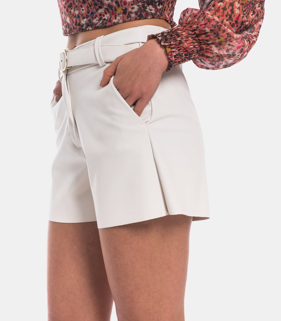 Women's eco leather classic short with belt cream