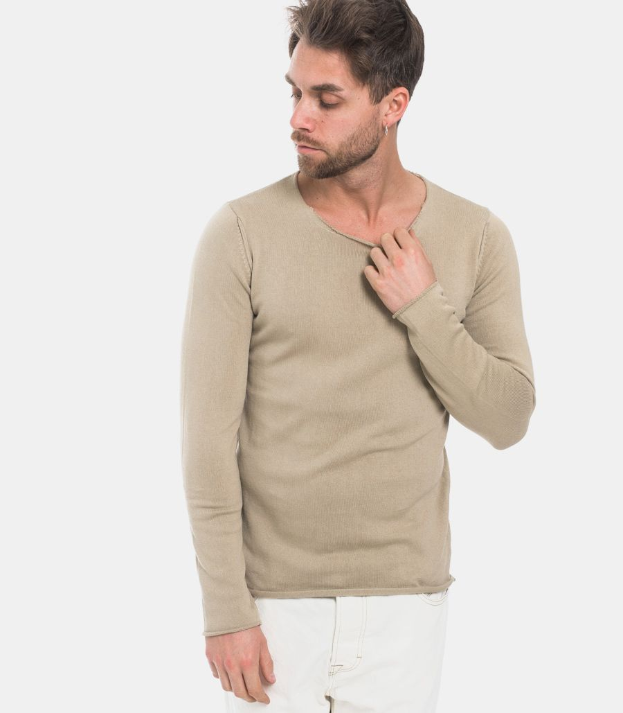 Men's sweater raw cut mud