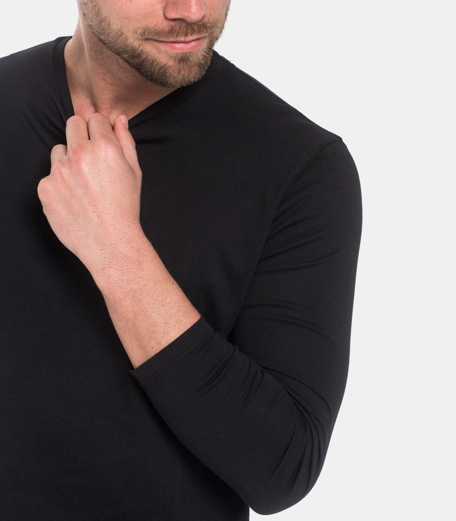 Men's basic sweater black